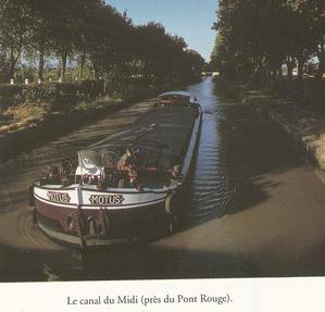 """Photo de T. H. Funk, extraite du Guide Arthaud """"La France par les fleuves et canaux"""", de Hugh McKnight"""